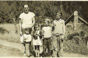 helfrich.family.1943